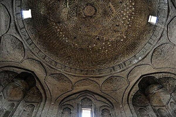 گنبد تاج الملک مسجد جامع اصفهان گنبد خاکی ۲