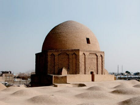 گنبد تاج الملک مسجد جامع اصفهان گنبد خاکی