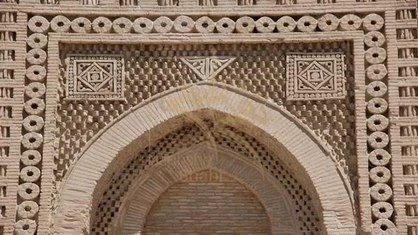 تکامل آجر در معماری ایرانی