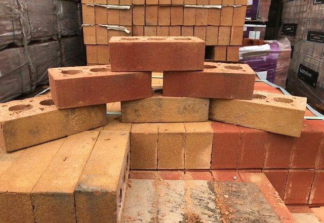 طبقه بندی اجر در دسته بندی مصالح ساختمانی