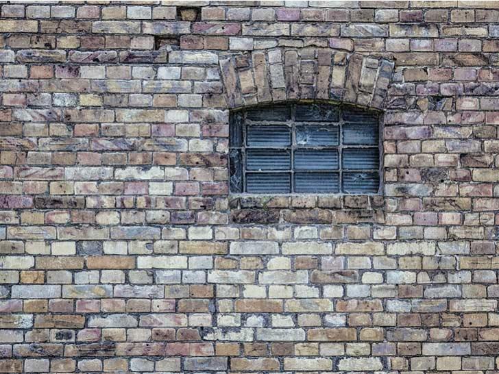 انواع دیوار ساختمانی از نظر مصالح - دیوار آجری