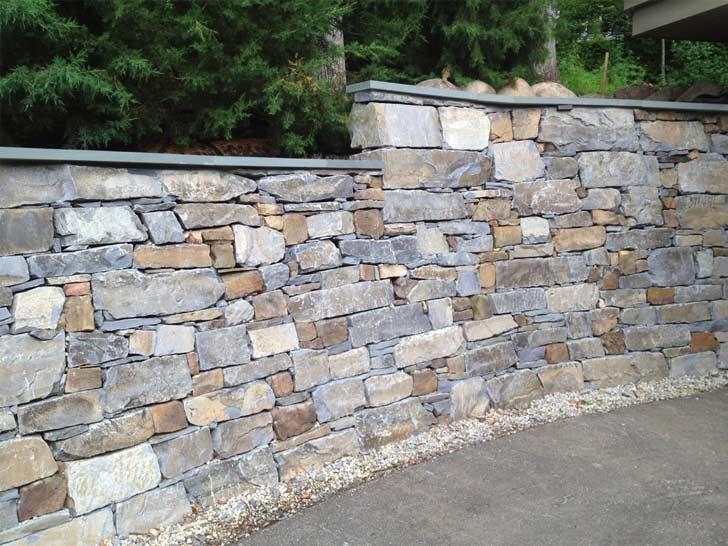 انواع دیوار ساختمانی از نظر مصالح - دیوار سنگی